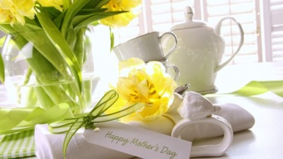 Okoboji Country Inn Wishes all the Moms a very Happy Mother's Day